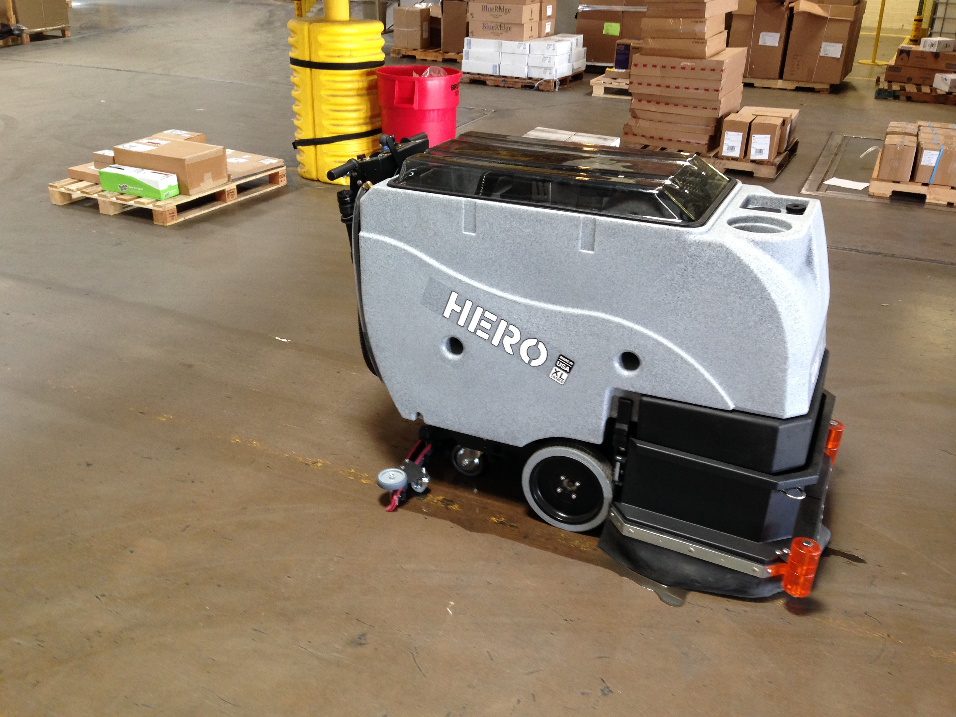 large floor scrubber drier